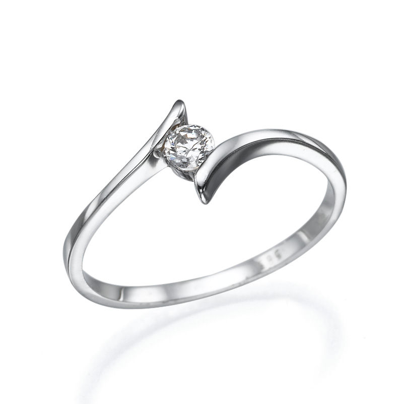 14K White Gold Ring Inlaid With Diamond 015 Ct Between two Bows