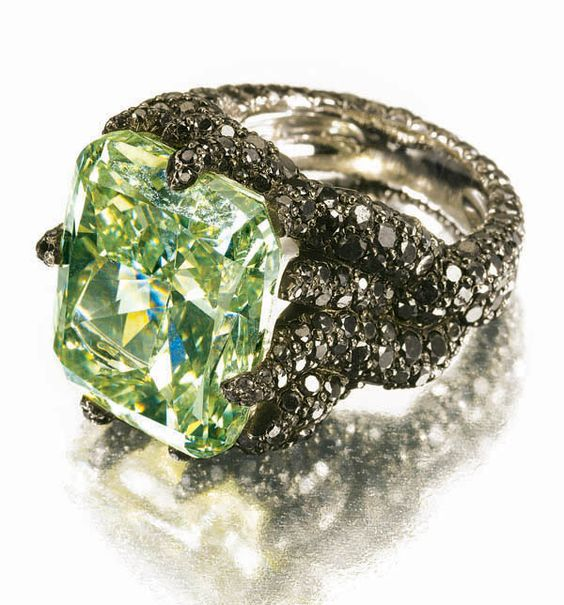 Famous Gruosi Green Diamond Ring
