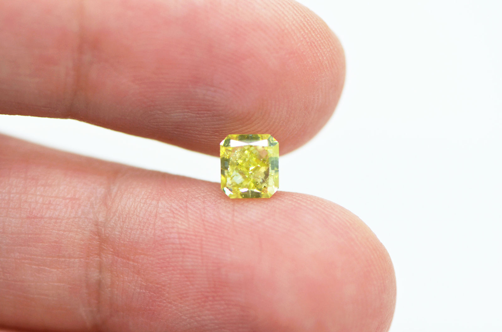 1 Carat Radiant Shaped Yellow Real Diamond Enhanced SI1 Natural For ...