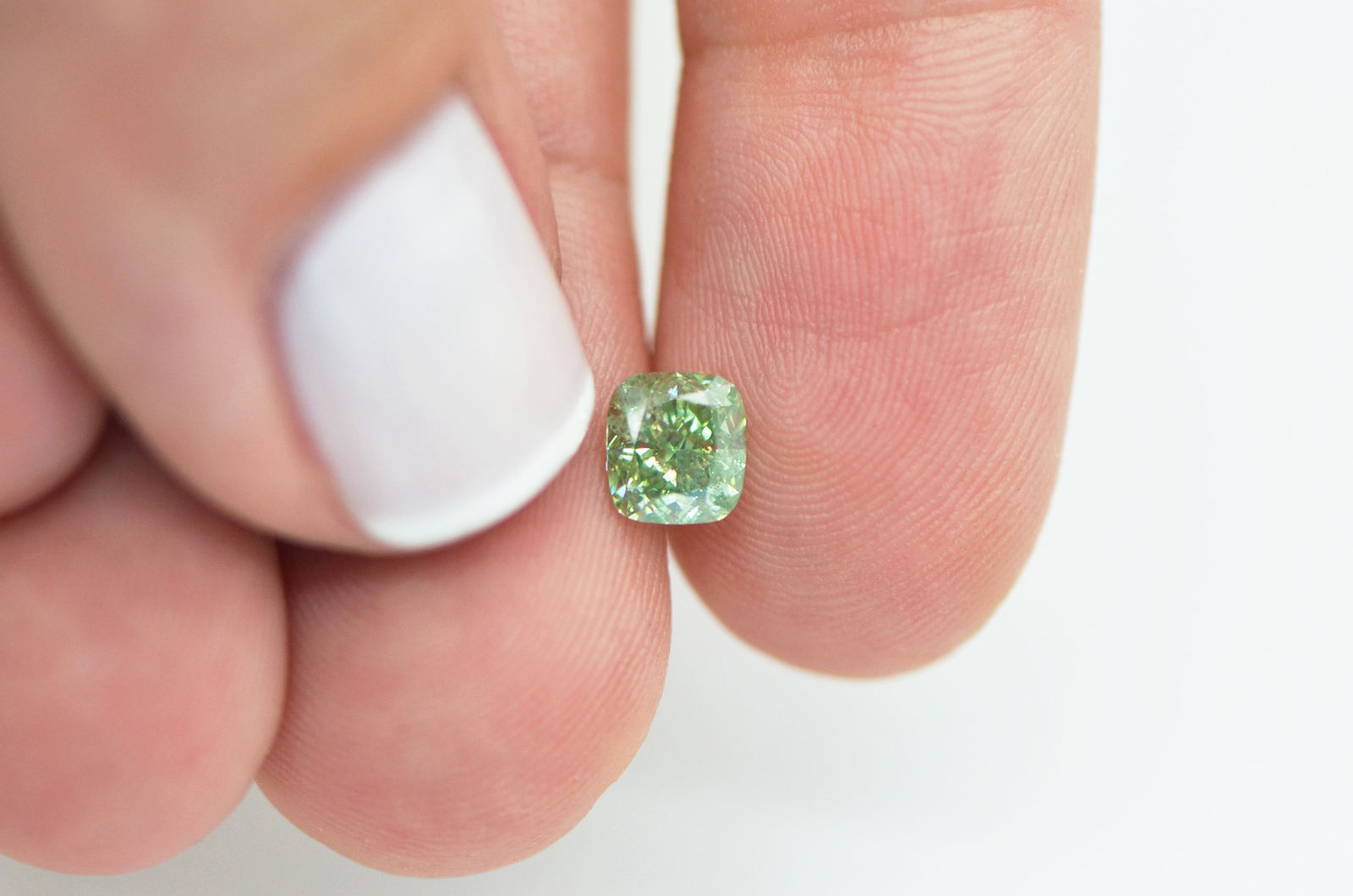 Green Cushion Shape Loose Diamond 1 Carat SI Enhanced Certified For ...